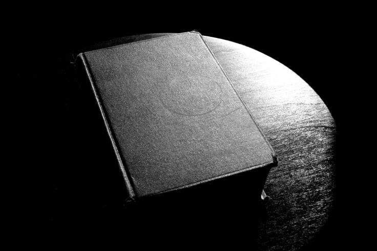 biblebwtable