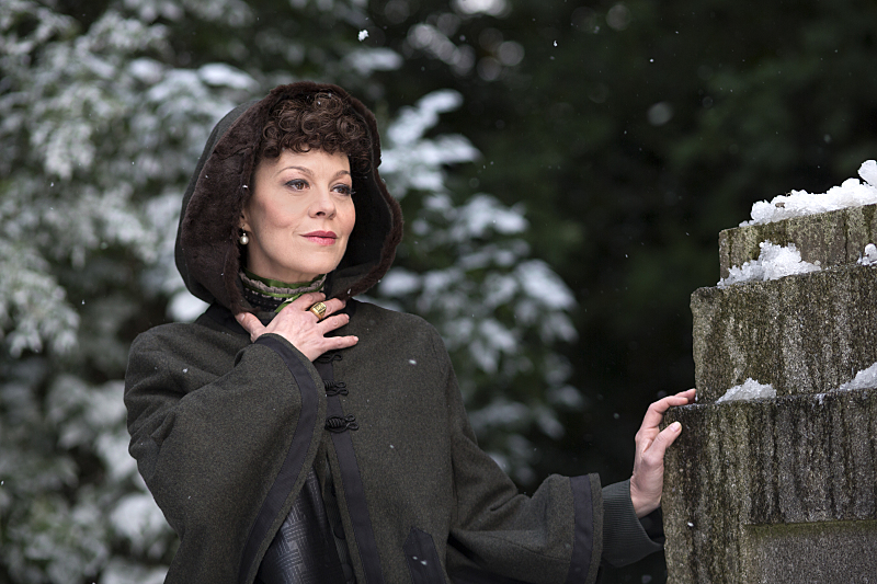 Helen McCrory as Evelyn Poole in Penny Dreadful (season 2, episode 1). - Photo: Jonathan Hession/SHOWTIME - Photo ID: PennyDreadful_201_1990