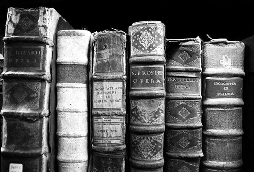 black-and-white-book-library-photography-Favim.com-1852703
